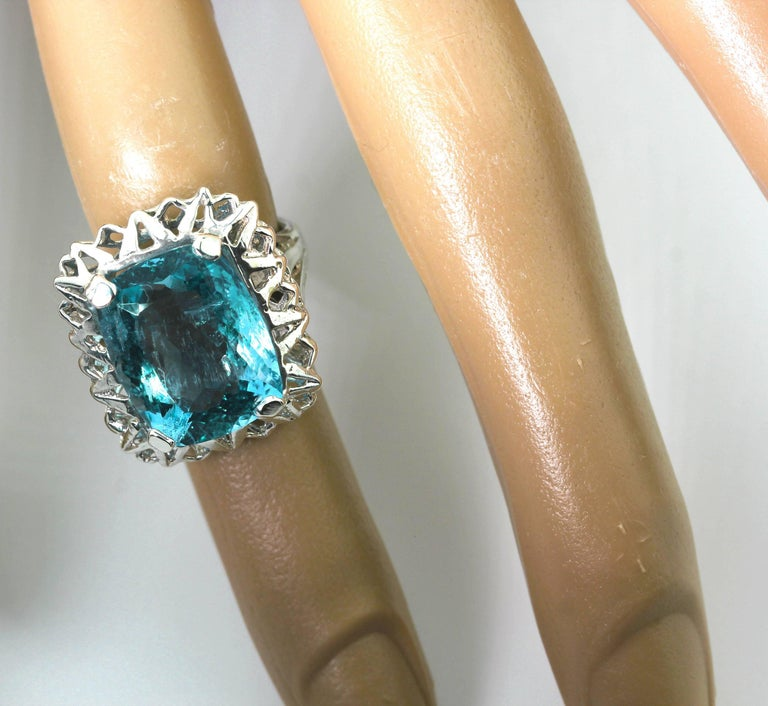 Unique Custom 8.25 Carat Aquamarine Cocktail Ring For Sale 5