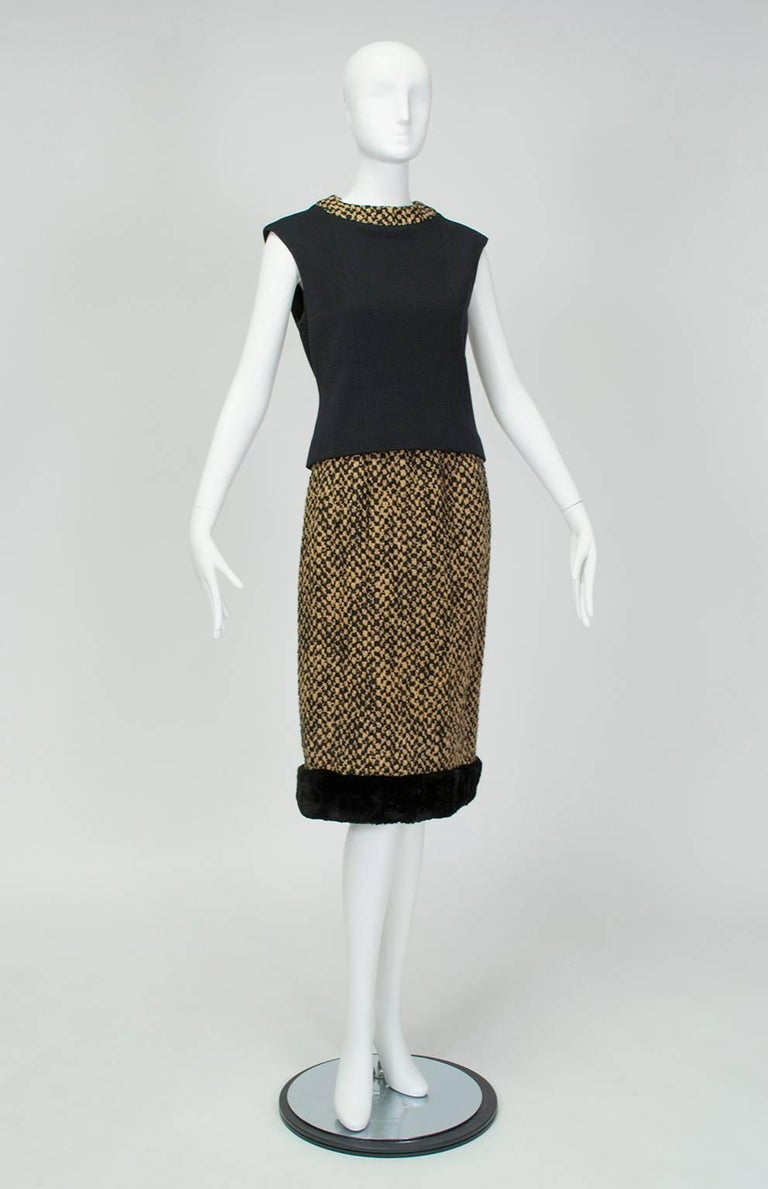 Sheared Mink Trim A-Line Suit with Stand-Away Collar, 1960s For Sale 2