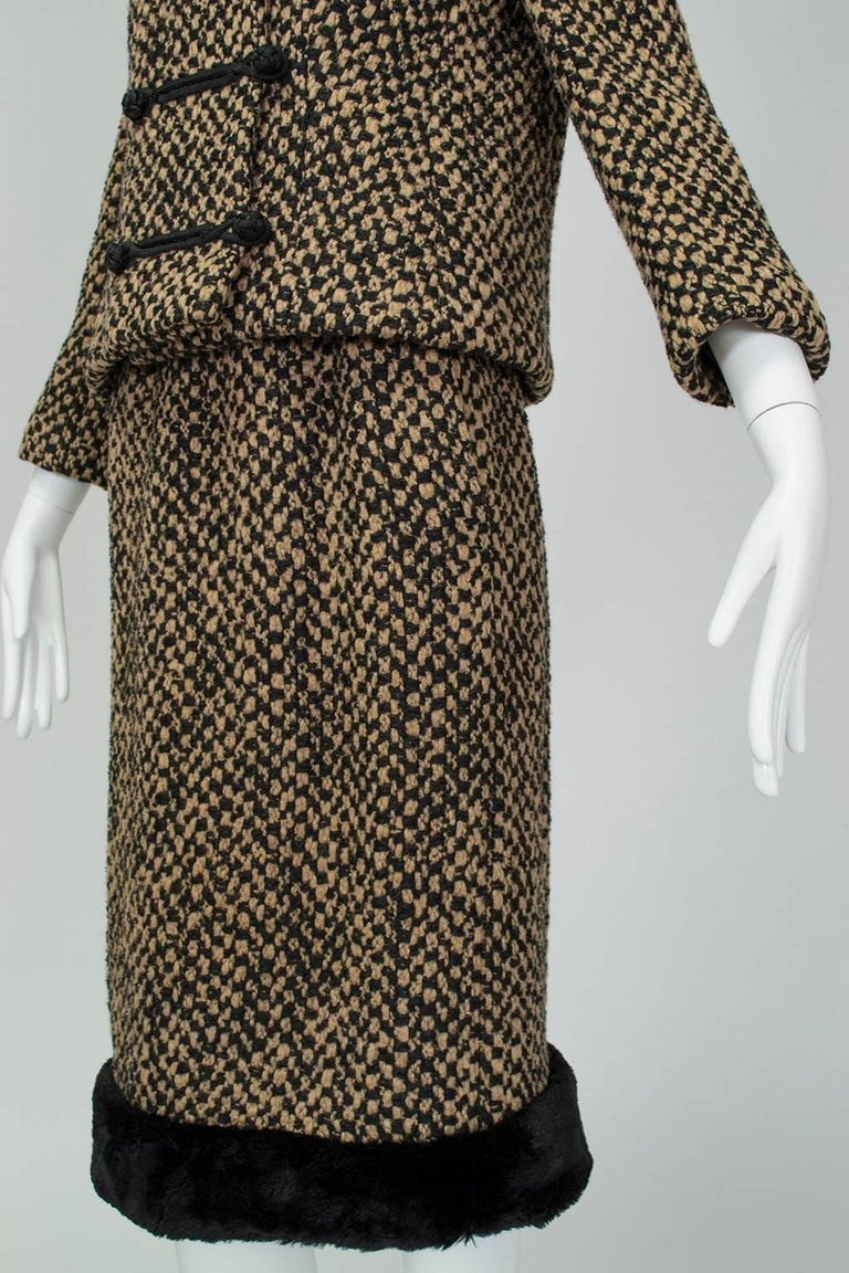 Sheared Mink Trim A-Line Suit with Stand-Away Collar, 1960s For Sale 1