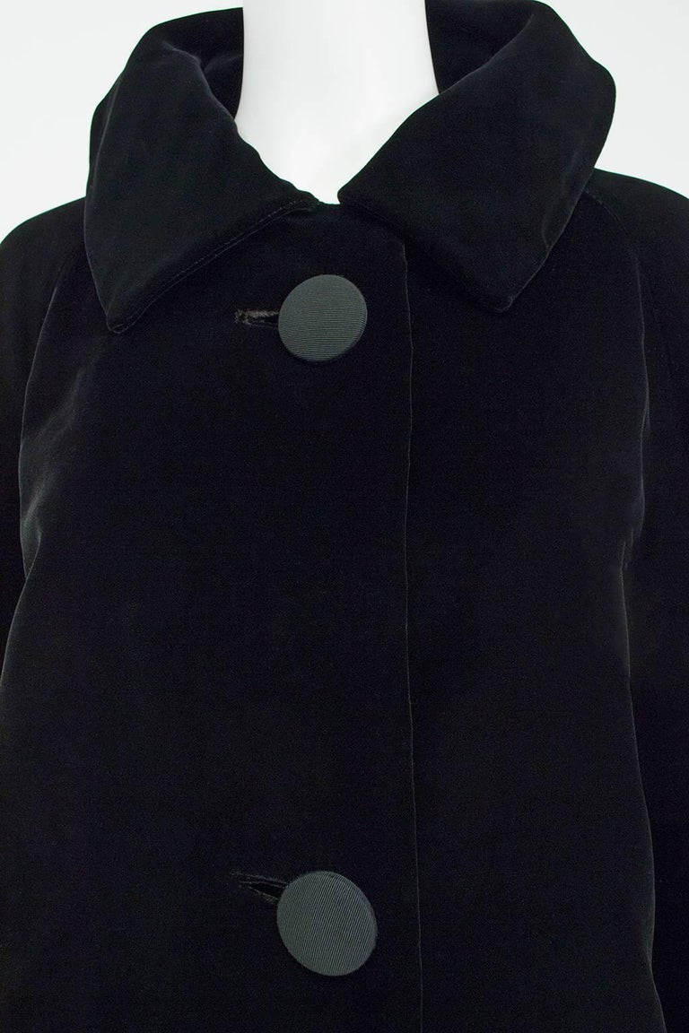 Black Velvet and Faille Stripe Raglan Oversized Opera Coat, 1960s For Sale 2