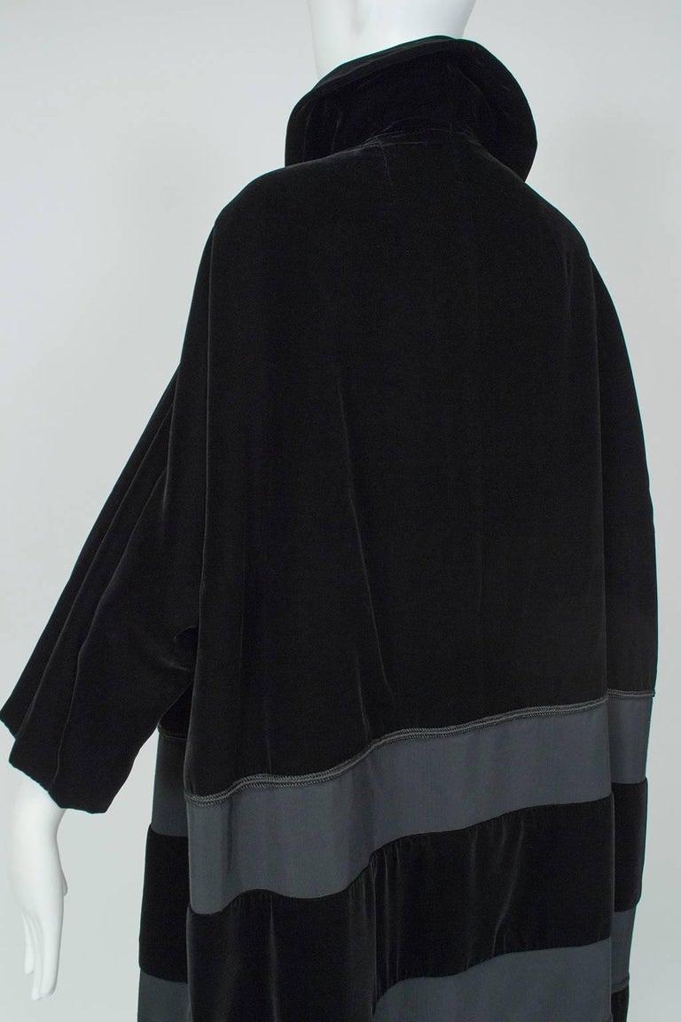 Black Velvet and Faille Stripe Raglan Oversized Opera Coat, 1960s For Sale 1