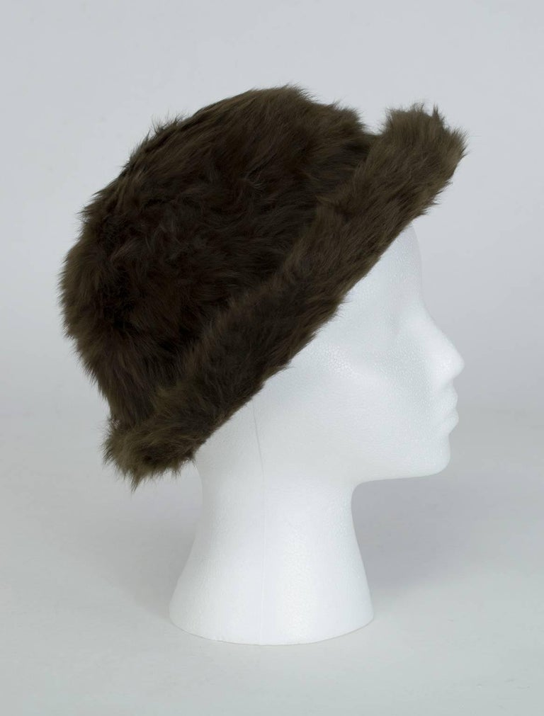 Powdery loft and long, supersoft pelt are the qualities that elevate Toscana shearling above other sheepskins. Made exclusively of Toscana shearling, this luxurious bowler is light as air but will keep you warmer than furs twice its weight. Leave it