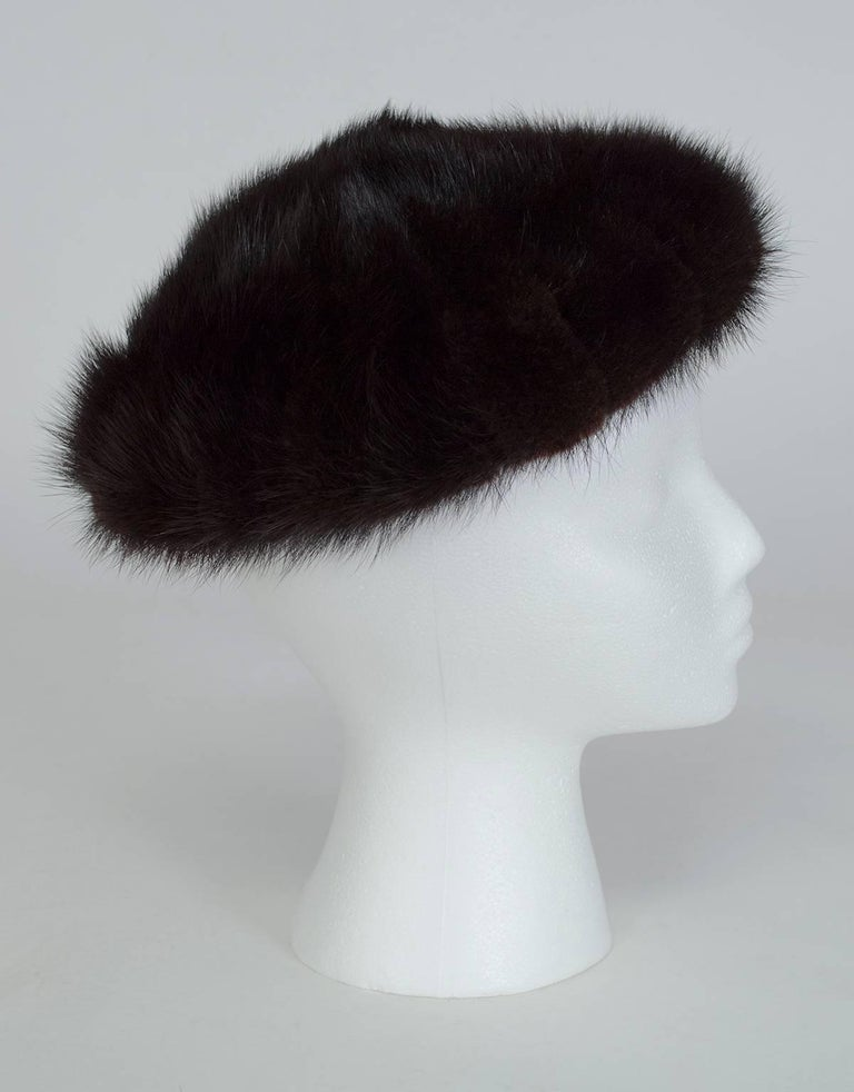 Looking glamorous and staying warm don't have to be mutually exclusive. Take a page from