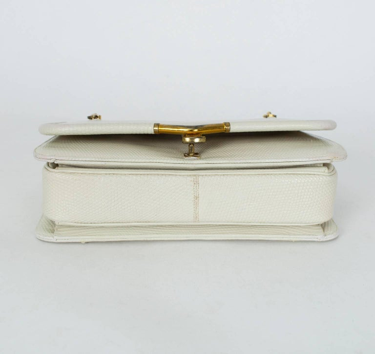 Judith Leiber Ivory Lizard Chain Handbag with Coin Purse, 1980s In Good Condition For Sale In Phoenix, AZ