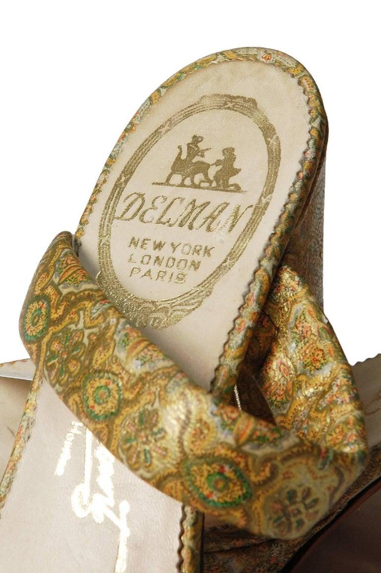 Delman Gold Paisley Leather Platform Sandals, 1940s For Sale 1