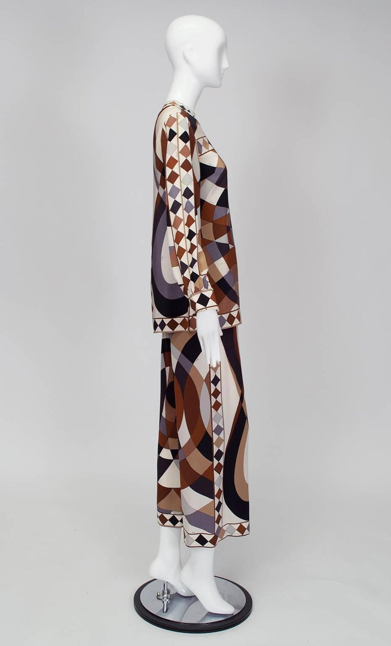 Instantly recognizable for their kaleidoscopic prints, Pucci garments are beloved for their offhand luxury; 2-piece sets such as this one are especially coveted because they pair so easily with other wardrobe basics. This particular ensemble is