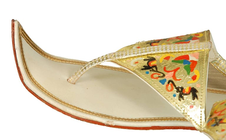Unworn Hand-Painted Persian Toe Flat Thong Sandals - US 9, 1950s For Sale 1