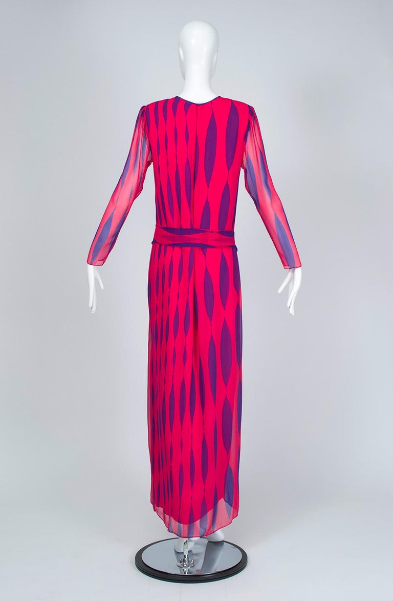 Hanae Mori Fuchsia and Purple Pop Art Column Gown - Medium, 1980s In Excellent Condition For Sale In Tucson, AZ