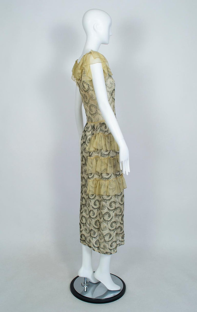 Gray Edwardian Chiffon Robe de Style with Scrolling Embroidery, 1910s For Sale