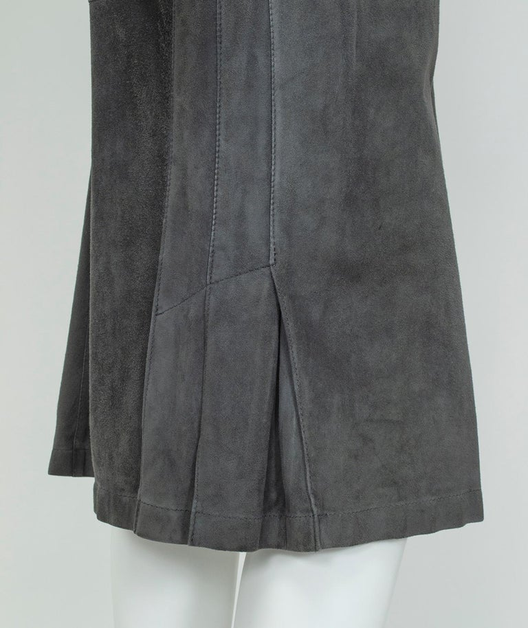 Gianfranco Ferré Charcoal Suede Trumpet Skirt, 1980s For Sale 3