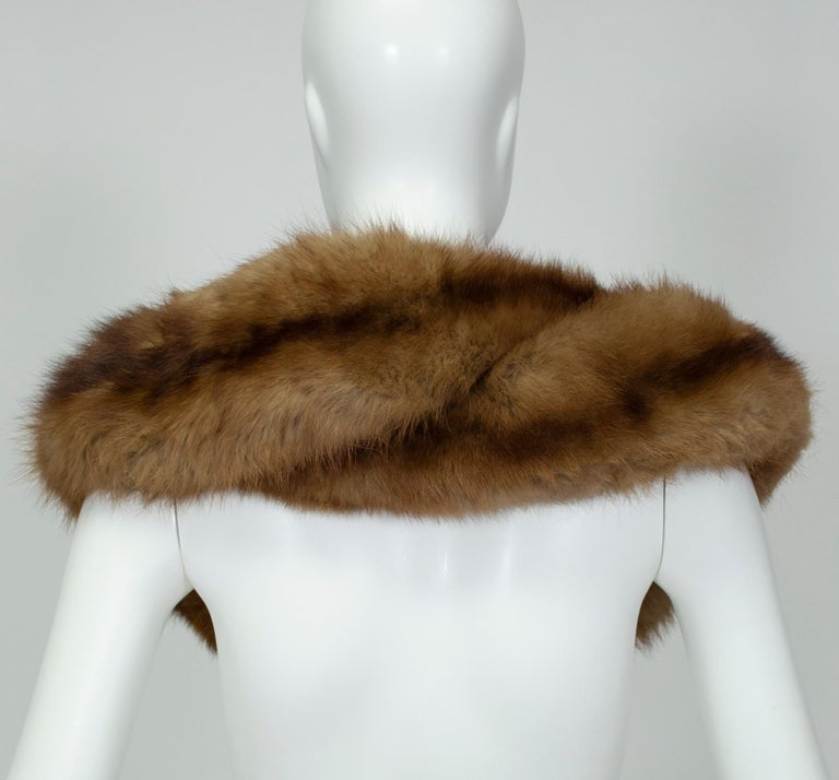 Braided Cognac Ombré Fox Shoulder Cowl, 1950s In Good Condition For Sale In Phoenix, AZ