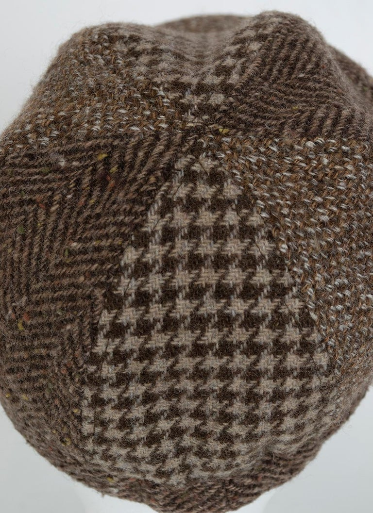 Houndstooth, Herringbone and Tweed Wool Gatsby Cap, 1960s In Excellent Condition For Sale In Tucson, AZ