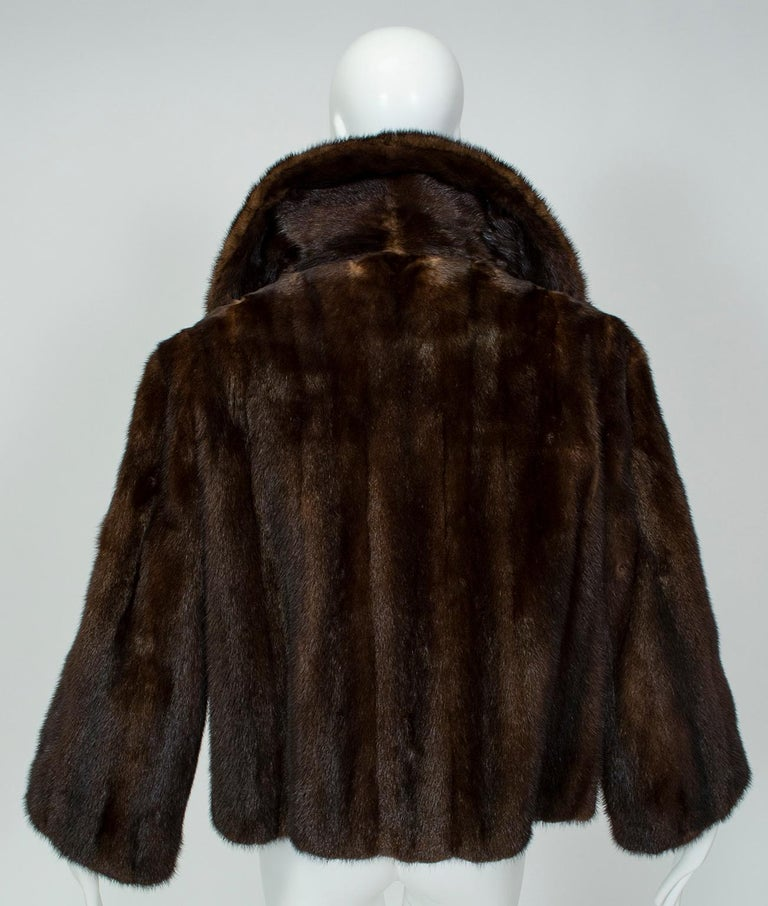 Mahogany Mink Chubby Fur Jacket with Oversize Collar, 1956 In Excellent Condition For Sale In Tucson, AZ