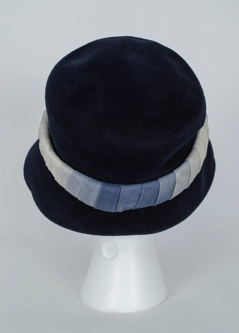 Navy Bucket Hat with Silk Ombré Band - France, 1950s In Excellent Condition For Sale In Phoenix, AZ
