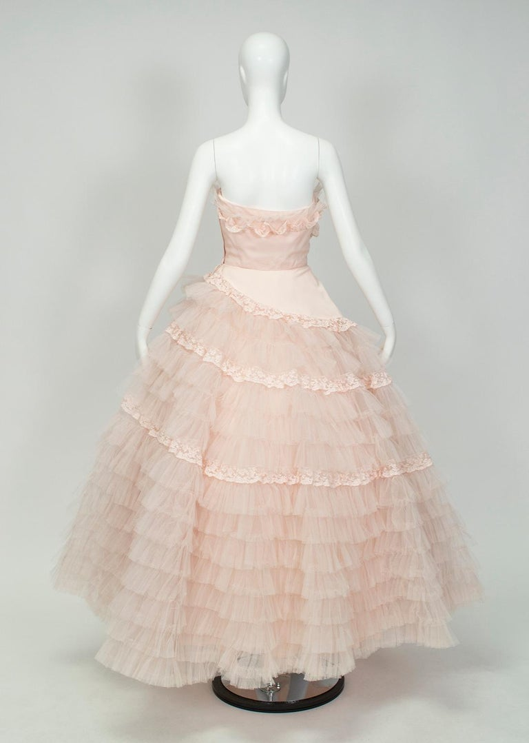 Will Steinman Pink Strapless Asymmetrical Lace Wedding Ball Gown - Small, 1950s In Good Condition For Sale In Tucson, AZ