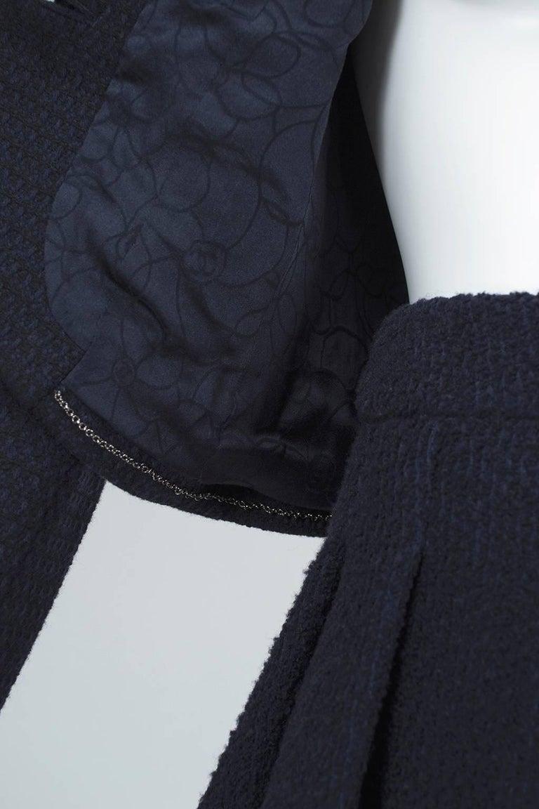 Chanel Cruise Navy Wool Bouclé Tutu Skirt Suit, 2002 For Sale 3