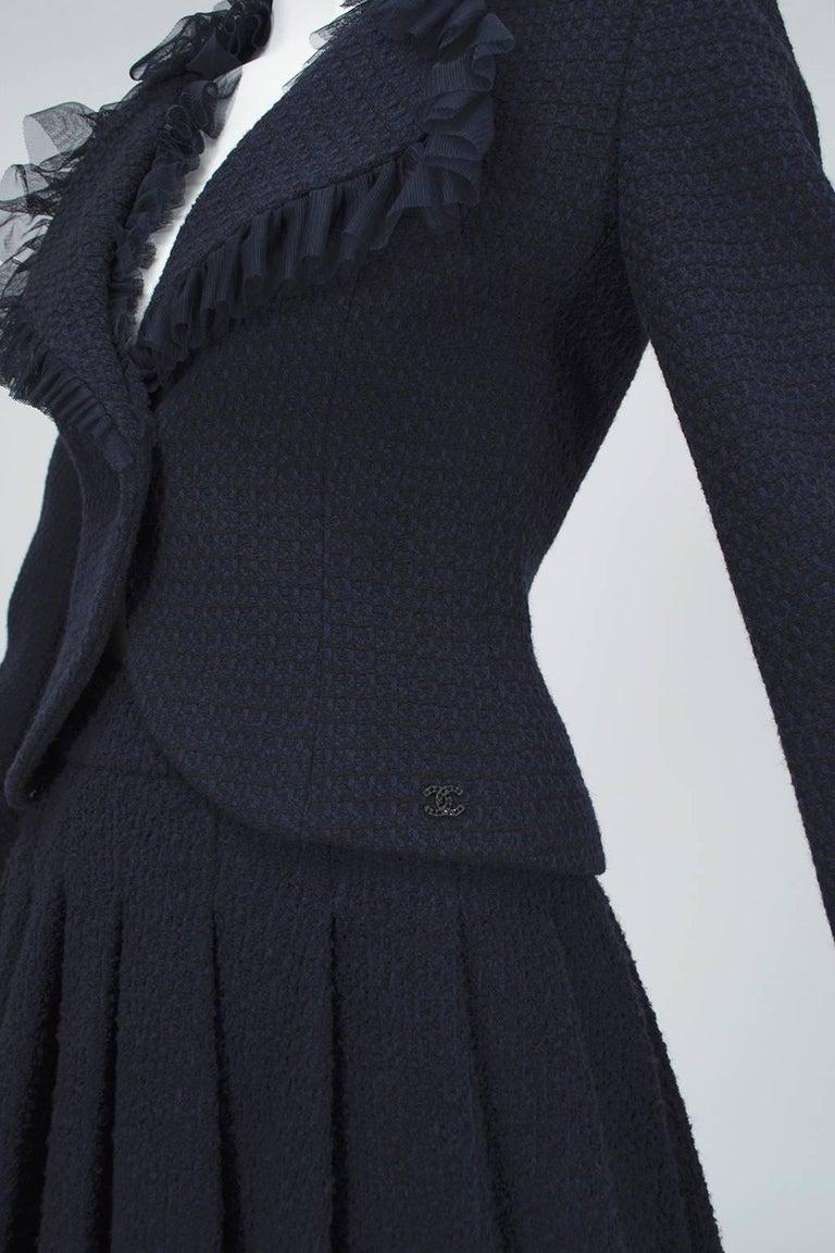 Chanel Cruise Navy Wool Bouclé Tutu Skirt Suit, 2002 For Sale 2