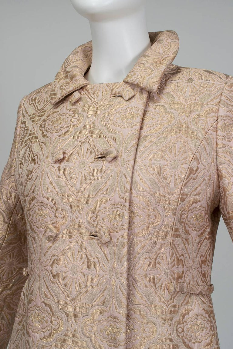 Pink and Gold Jacquard A-Line Dress and Coat Set - Jacome Estate, 1960s In Excellent Condition For Sale In Phoenix, AZ