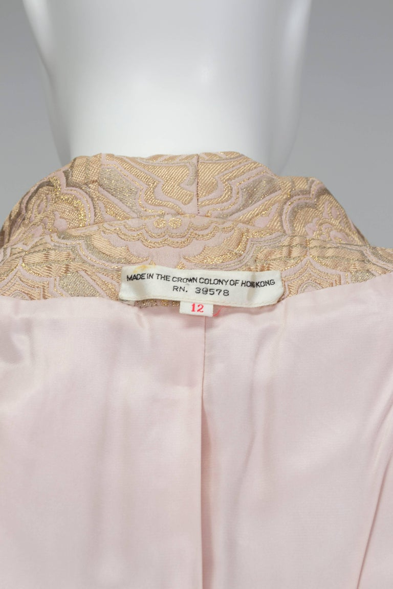 Pink and Gold Jacquard A-Line Dress and Coat Set - Jacome Estate, 1960s For Sale 5