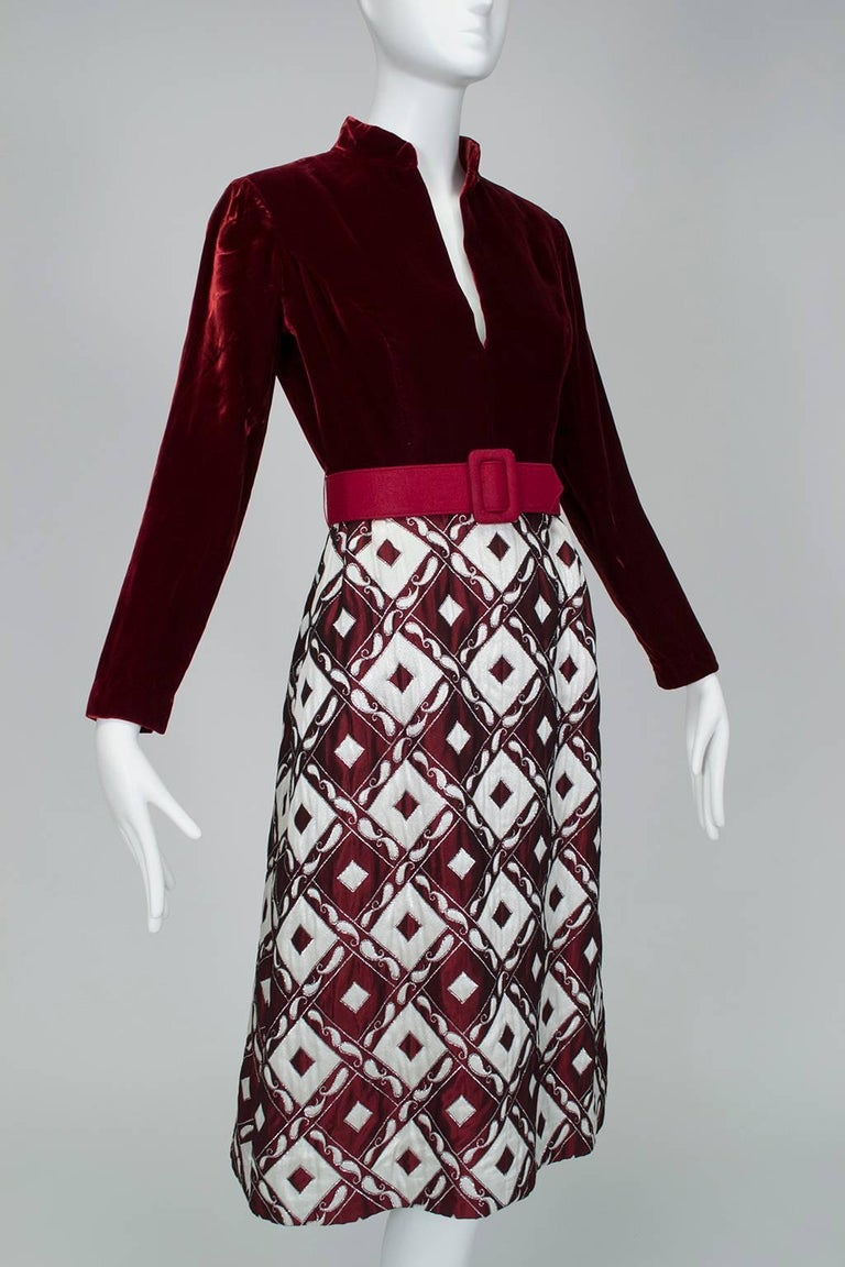 Ceil Chapman Velvet and Quilted Brocade Shirtwaist Dress, 1960s In Excellent Condition For Sale In Phoenix, AZ