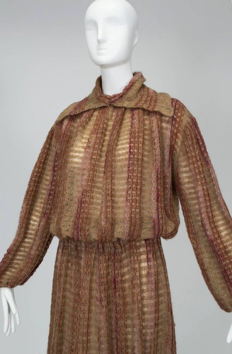 Taupe Mohair Sweater-Dressing Sailor Pullover and Midi Skirt Ensemble-M-L, 1970s In Excellent Condition For Sale In Tucson, AZ