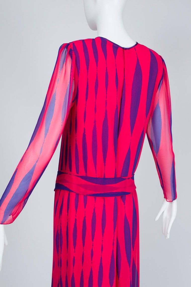 Hanae Mori Fuchsia and Purple Pop Art Column Gown - Medium, 1980s For Sale 1