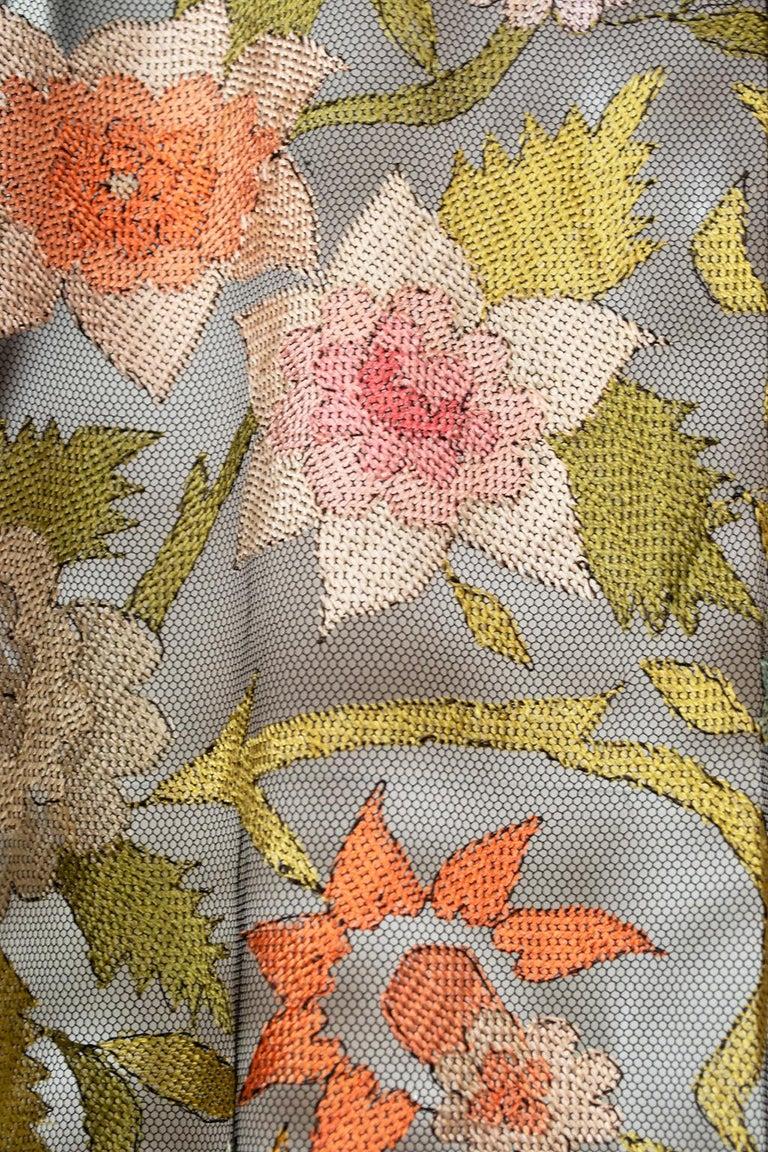 Haute Couture Embroidered Silk Mantilla – Garros Estate, 1900s For Sale 5