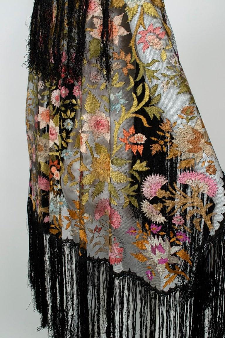 Haute Couture Embroidered Silk Mantilla – Garros Estate, 1900s For Sale 1