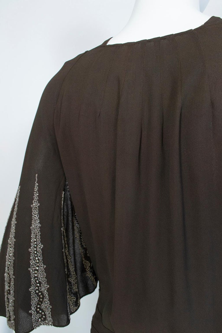 Brown Regency Silk Crêpe Kimono Gown with Crystal Batwing Sleeves - Med, 1930s For Sale 7