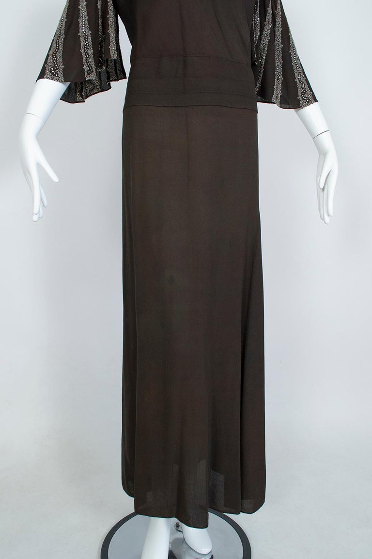 Brown Regency Silk Crêpe Kimono Gown with Crystal Batwing Sleeves - Med, 1930s For Sale 2