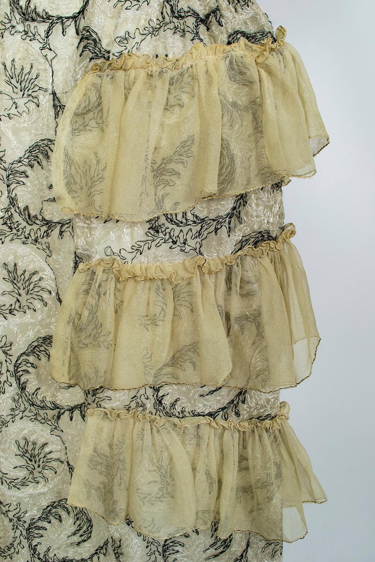 Edwardian Chiffon Robe de Style with Scrolling Embroidery, 1910s For Sale 6