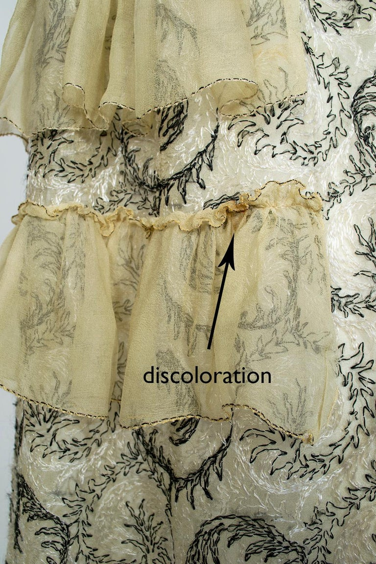 Edwardian Chiffon Robe de Style with Scrolling Embroidery, 1910s For Sale 14
