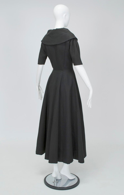 Women's New Look Black Heavyweight Faille Beaded Portrait Collar Coat Dress - S, 1950s For Sale
