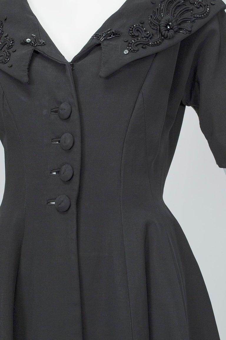 New Look Black Heavyweight Faille Beaded Portrait Collar Coat Dress - S, 1950s For Sale 4