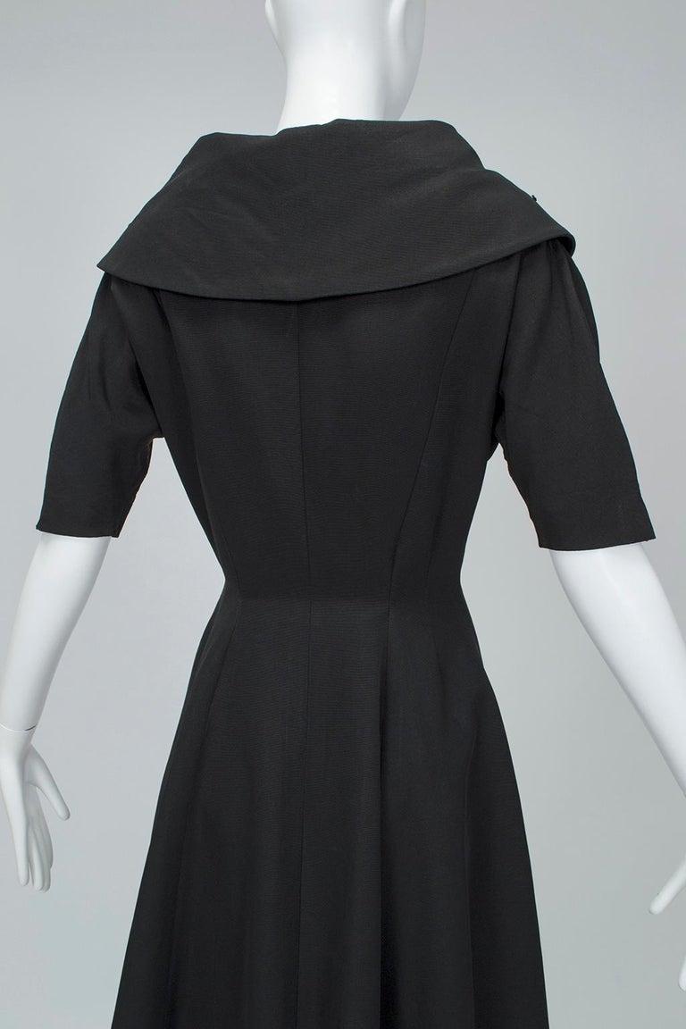 New Look Black Heavyweight Faille Beaded Portrait Collar Coat Dress - S, 1950s For Sale 3