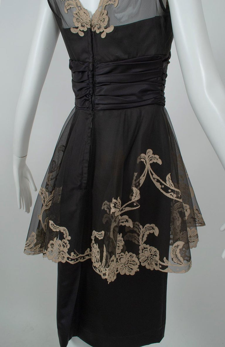 Black and Taupe Café Society Painted Lace Split Peplum Cummerbund Dress-S, 1950s For Sale 4