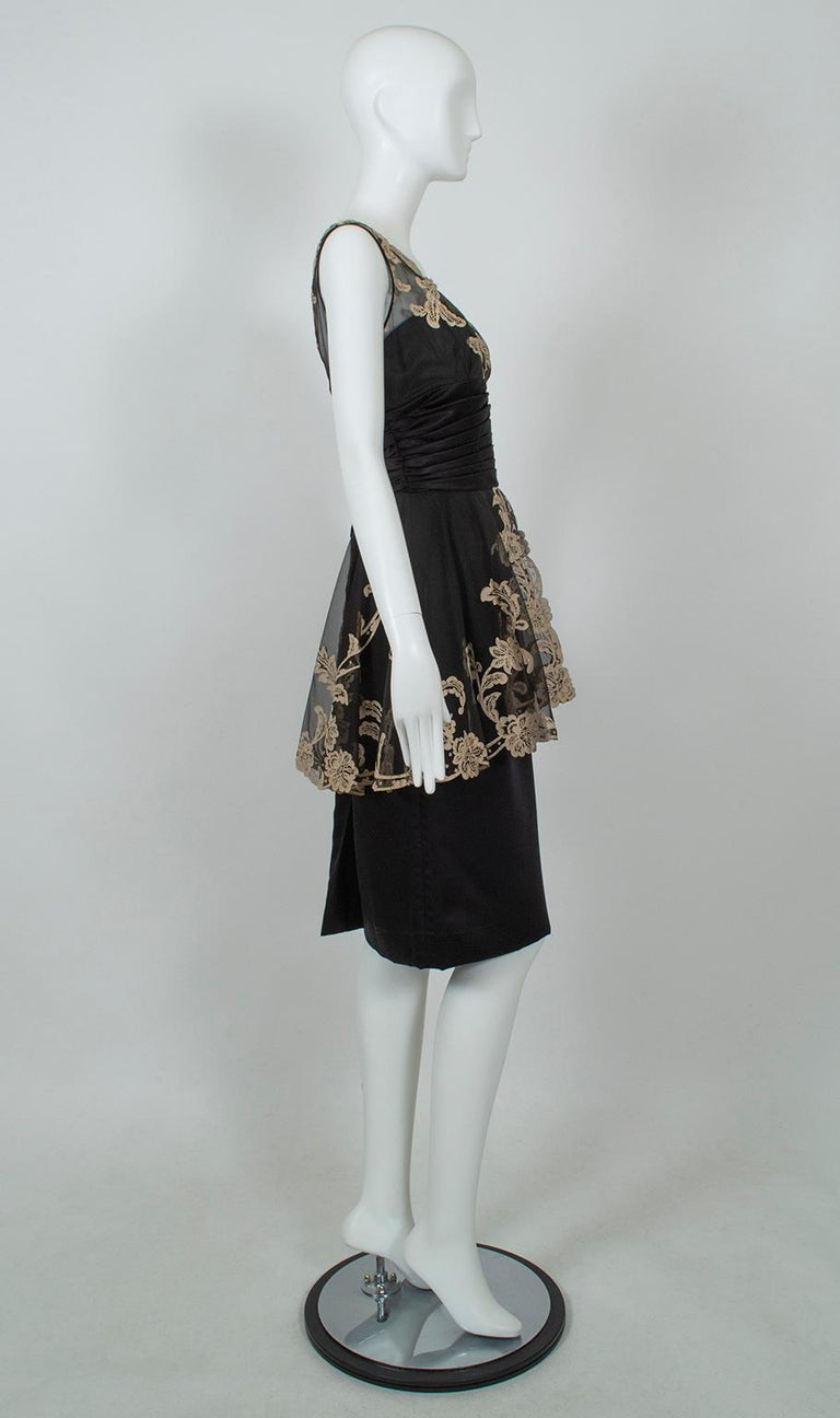 Black and Taupe Café Society Painted Lace Split Peplum Cummerbund Dress-S, 1950s In Excellent Condition For Sale In Tucson, AZ