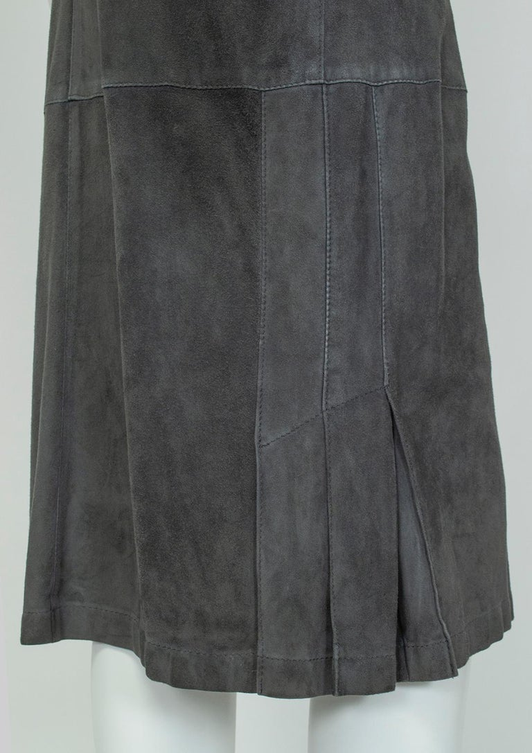 Gianfranco Ferré Charcoal Suede Trumpet Skirt, 1980s For Sale 4