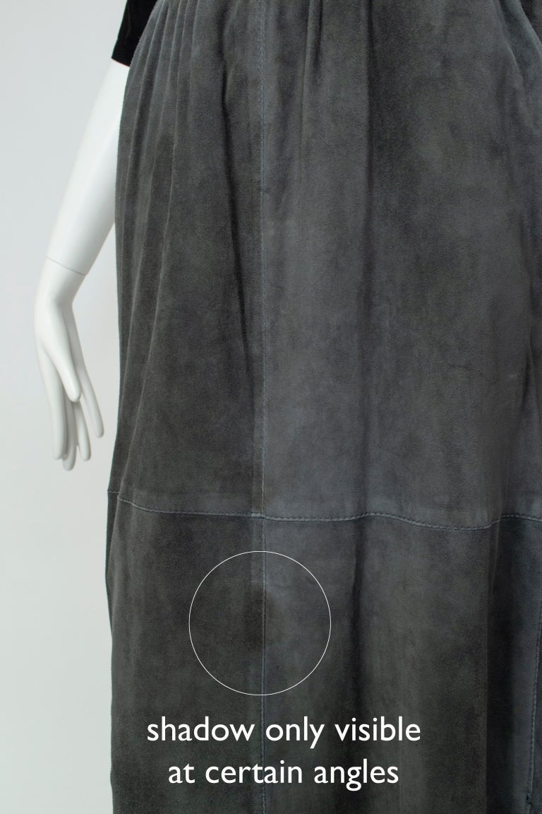 Gianfranco Ferré Charcoal Suede Trumpet Skirt, 1980s For Sale 7