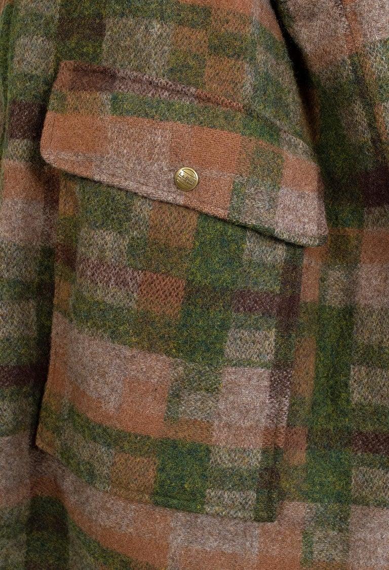 Men's LL Bean Reversible Plaid Field Jacket, 1980s For Sale 13