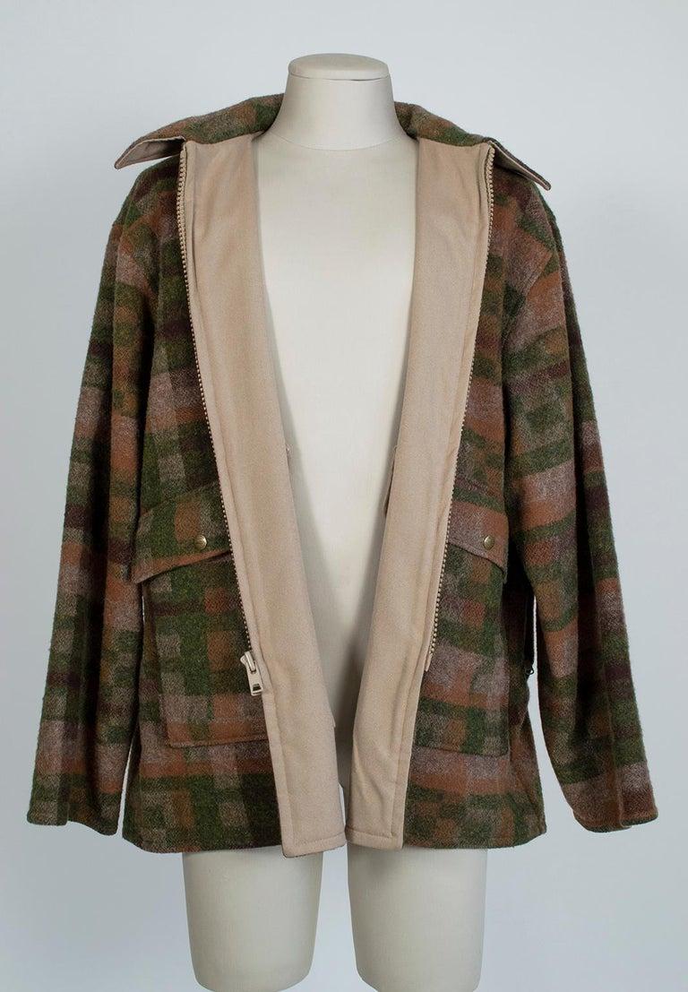 Men's LL Bean Reversible Plaid Field Jacket, 1980s For Sale 4