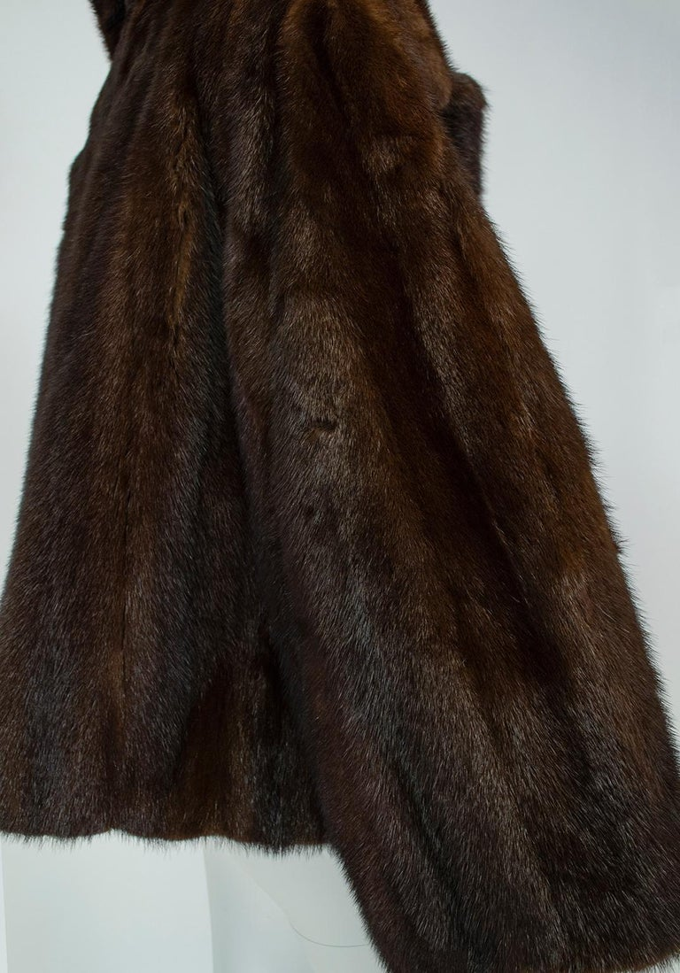 Mahogany Mink Chubby Fur Jacket with Oversize Collar, 1956 For Sale 2