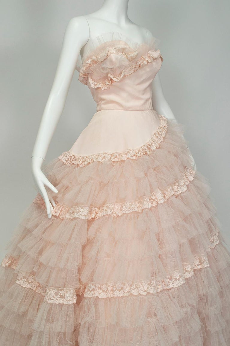 Women's Will Steinman Pink Strapless Asymmetrical Lace Wedding Ball Gown - Small, 1950s For Sale