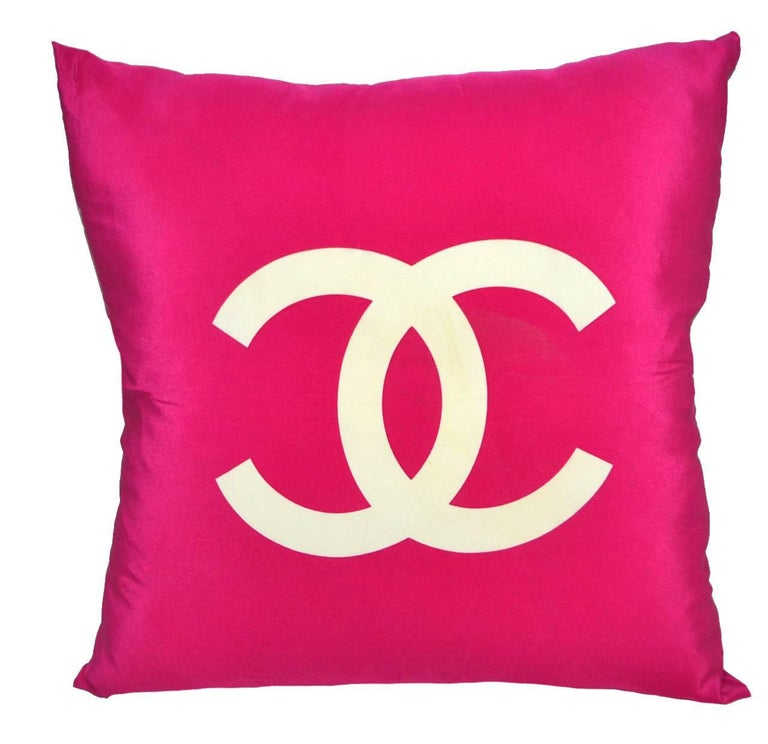 Authentic Vintage Chanel 100% Silk Pillow iwj4472-1