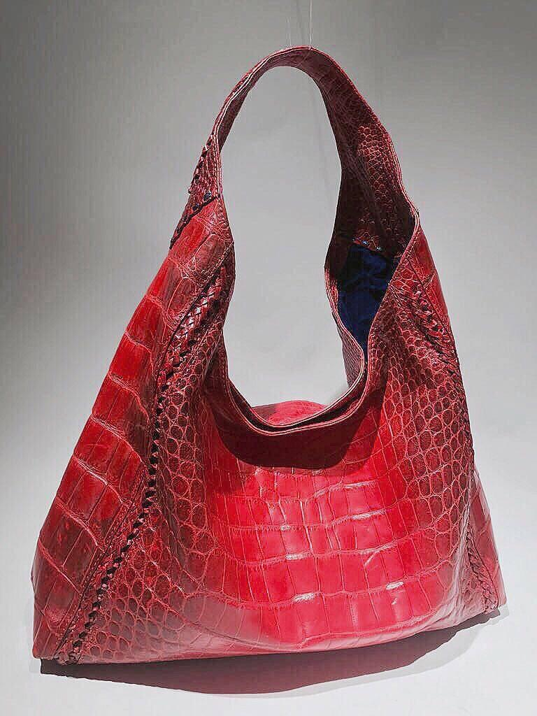 1stdibs Ana Switzerland Crocodile Hobo Bag tb2yci