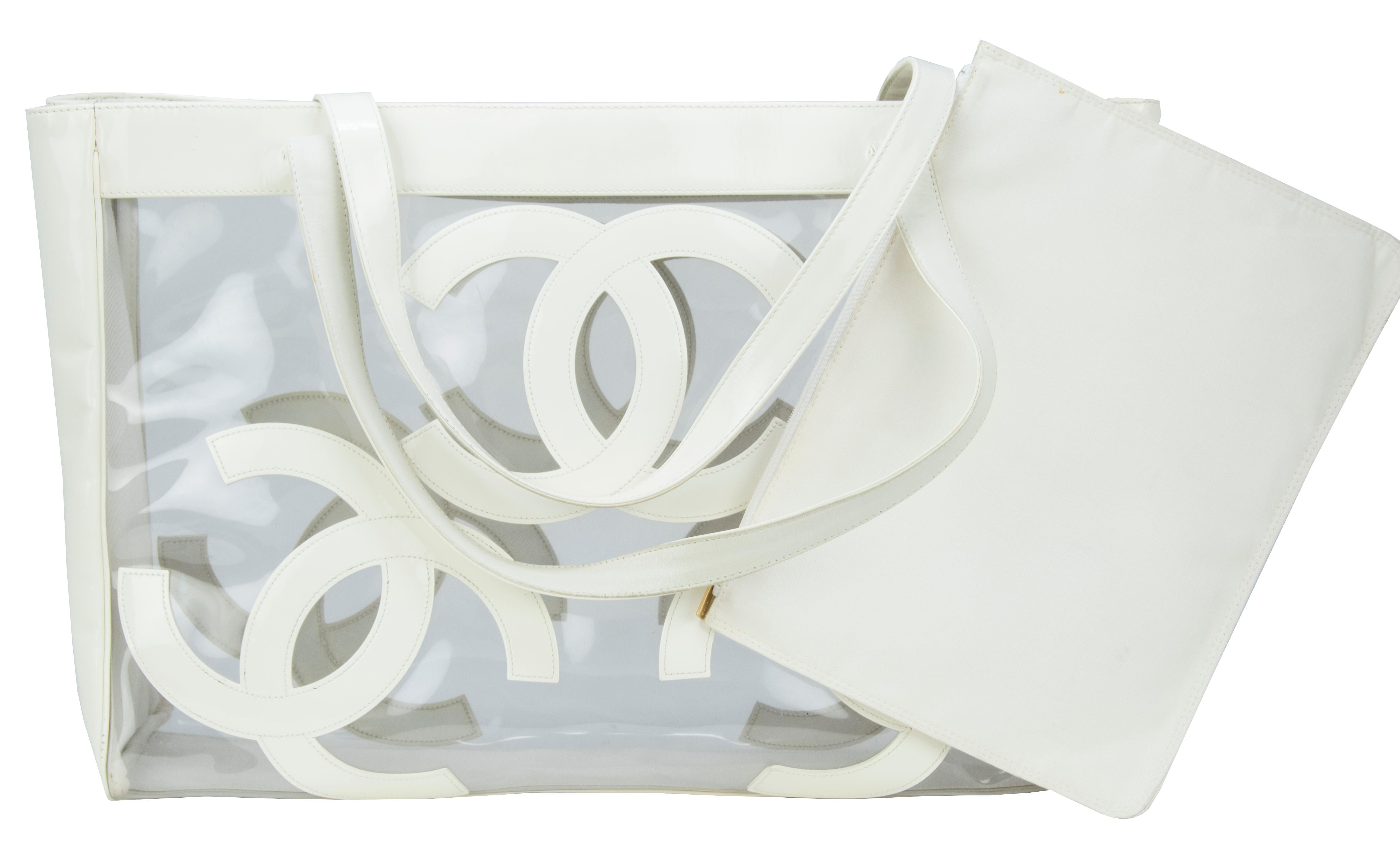 6e32e15ef36 Vintage Chanel Jumbo White Patent Leather and PVC Tote at 1stdibs