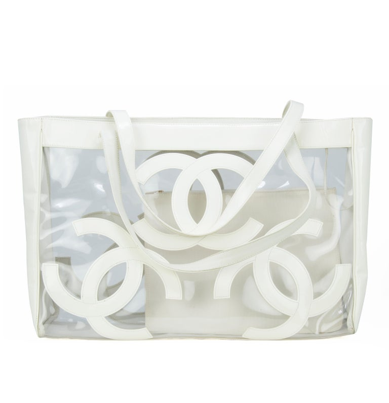 a226dc11c6b7 Vintage Chanel Jumbo White Patent Leather and PVC Tote For Sale at ...
