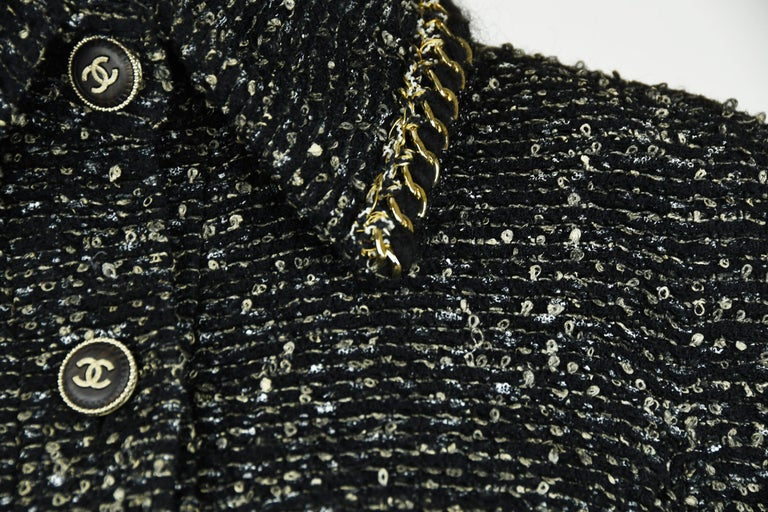 Chanel Black & Gold A-line Dress with Three Quarter Sleeves - Size FR 38 For Sale 1