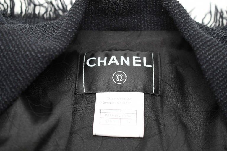 Chanel Black Wool Blazer with Silver Buttons - Size FR 34 For Sale 2