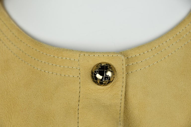 Chanel Tan Suede Top - Size FR 38 In Excellent Condition For Sale In Newport, RI